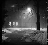 dim street light